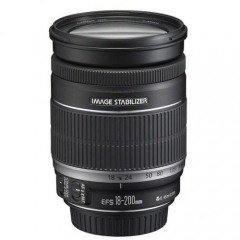 Canon EFs 18-200mm f/3.5-5.6 IS USM