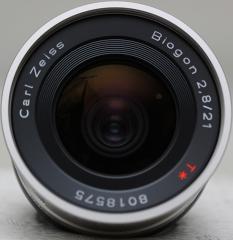 Contax Carl Zeiss Biogon 21mm f/2.8  T*