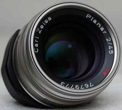 Contax Carl-Zeiss Planar T* 45mm f/2