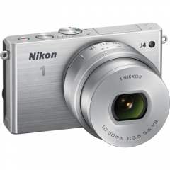 NIKON 1 J4 + NIKON VR 10-30MM F/3.5-5.6