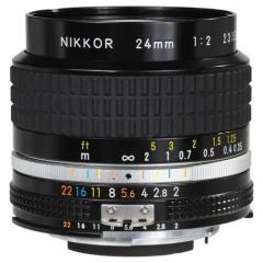 Nikon 24mm f/2.0 AIS