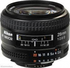 Nikon AF 28mm f/2.8D