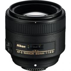Nikon AF-S 85mm f1.8G ED