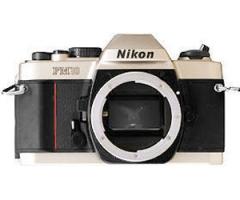 Nikon FM10 body (>95%)