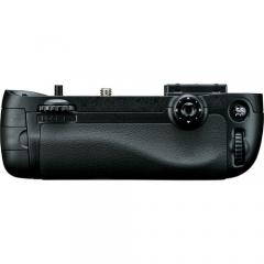 Nikon MB-D15 for D7100, D7200