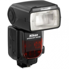 Nikon Speedlite SB 900